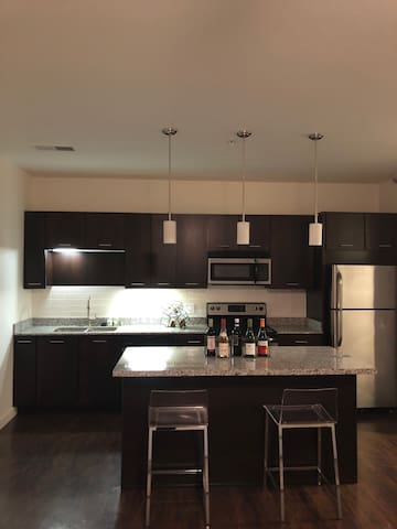 2 bedroom 2 bath on 5th Ave
