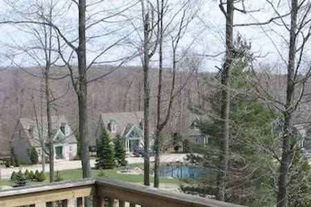 Spruce Hill Inn & Cottages - Villa
