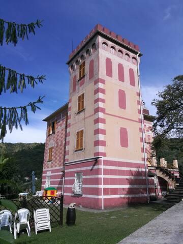 Il castello di Anto a Scoffera (Alta Via)