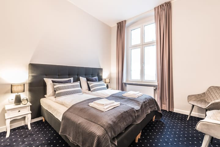 Bright and comfy room in a Serenity Aparthotel at the Old Town