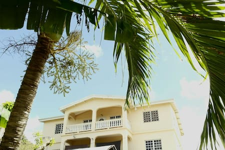 Bright & Breezy in the Heart of St. Croix!