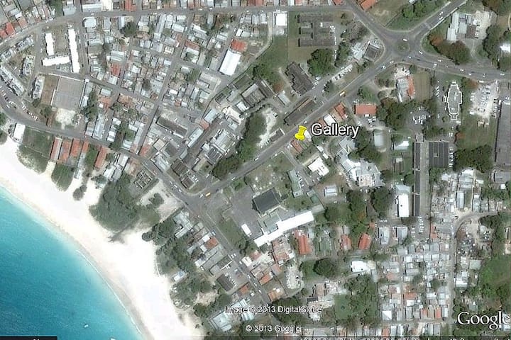One room in a 2 bedroom house - Bridgetown - House