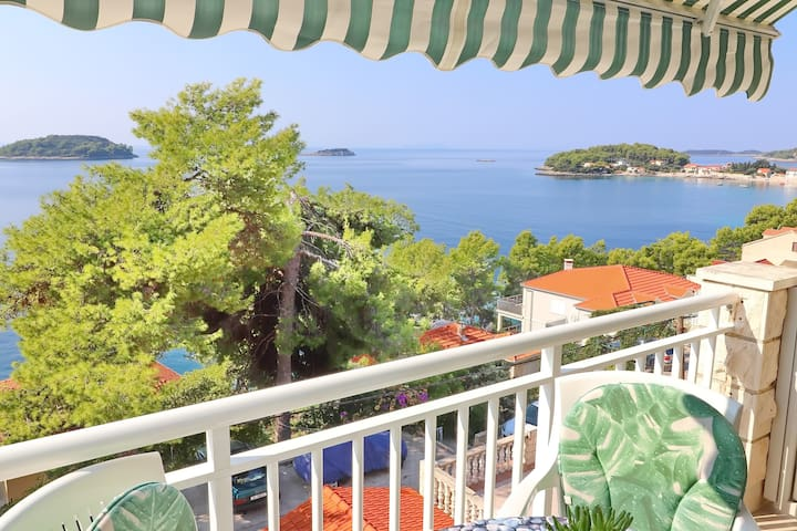 Markota - 1 Bedroom Apt with Balcony and Sea View