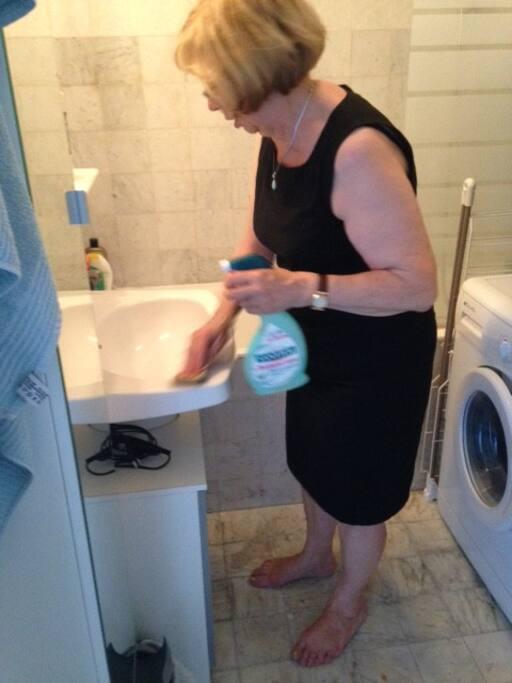 salle de bain bain lavabo wc machine à laver le linge