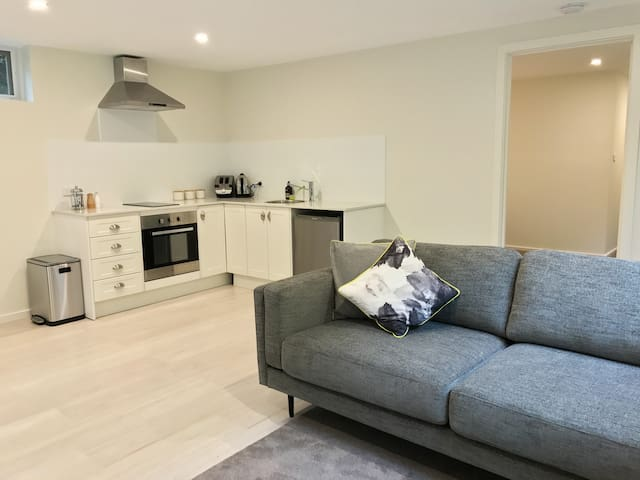 Gateway to the Peninsula, walk to the village - Mount Eliza - Apartamento
