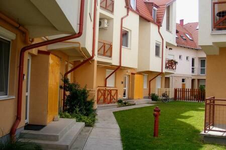 Csilla Apartman - Hajdúszoboszló