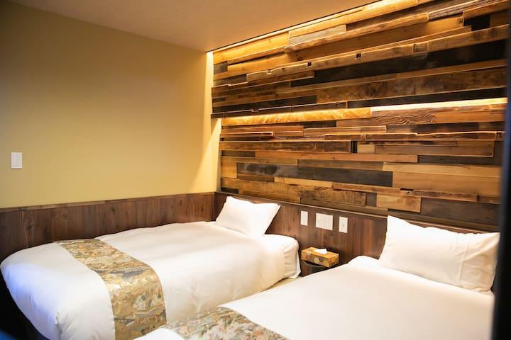 """YUUNTEI ASAKUSA"" Room2A  35square meters"