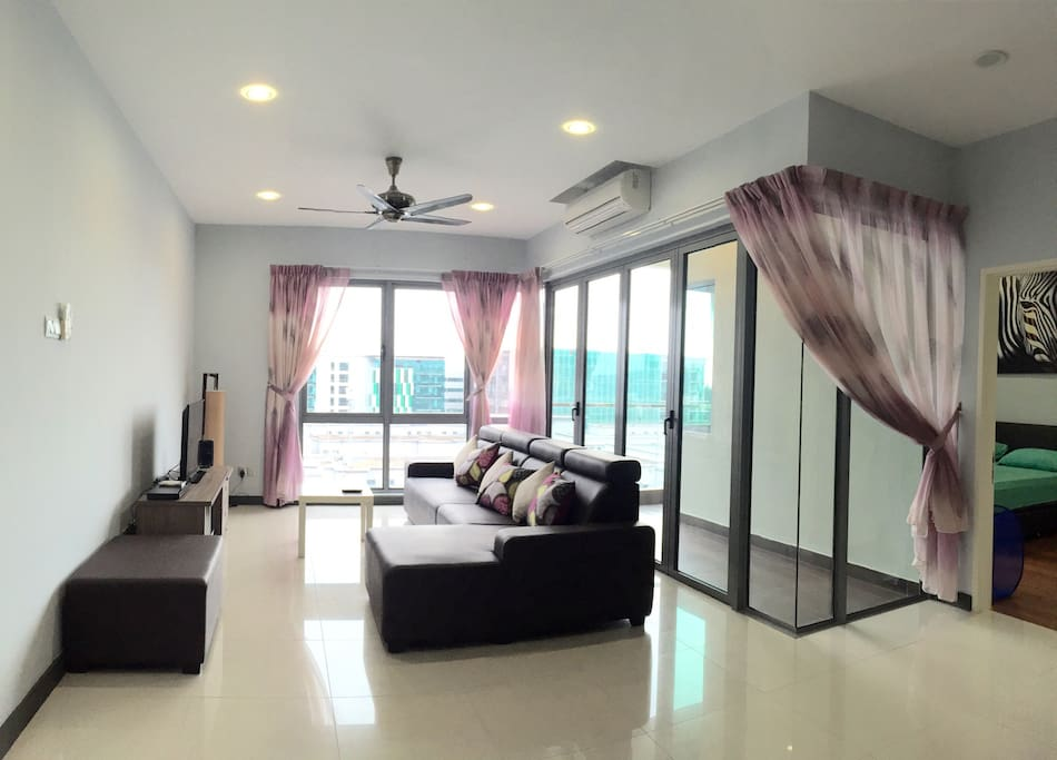 Spacious living room with sofa, Cable TV & DVD player