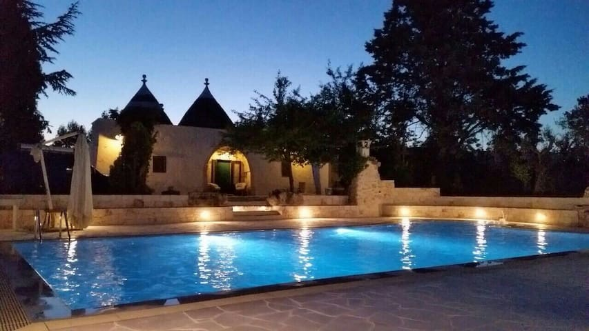 Charming Trullo with all comforts - Cisternino - Villa