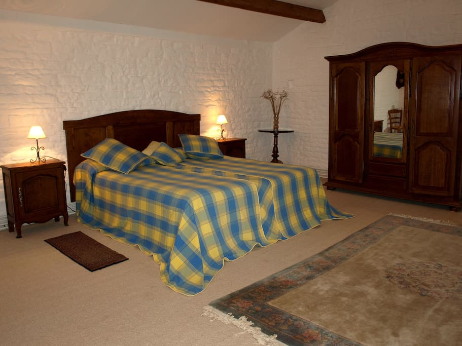 Portail Master bedroom which is ensuite.