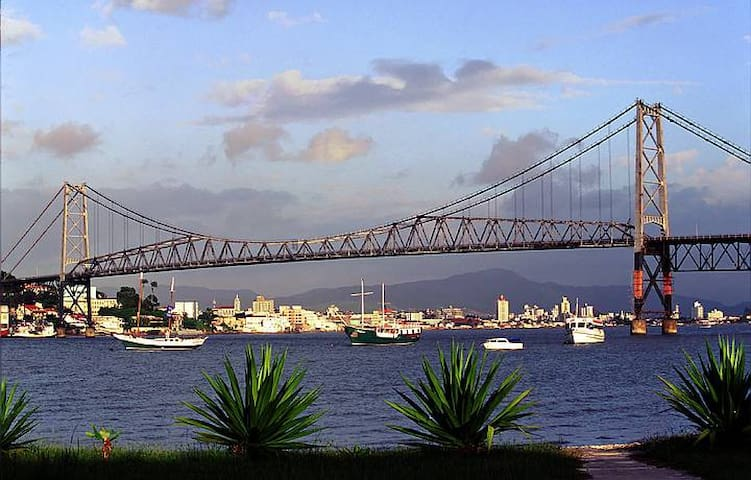 Centro de Florianópolis próx. ao Beiramar Shopping