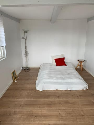 Unik  værelse med fjordudsigt