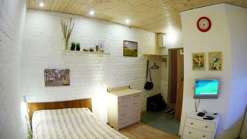 Уютная студия 18 кв.м. на Петроградской Стороне
