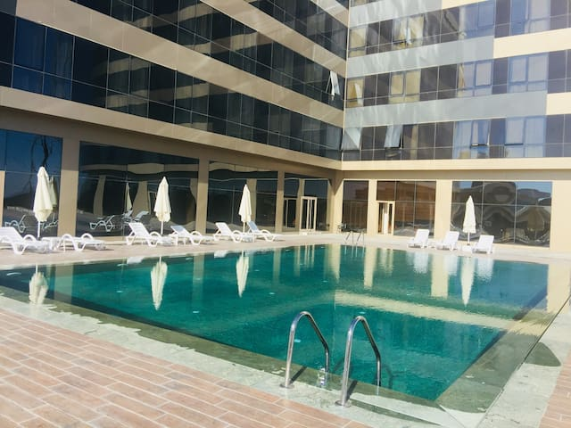 LUX FLAT WITH TERRACE AND SWIMMING POOL