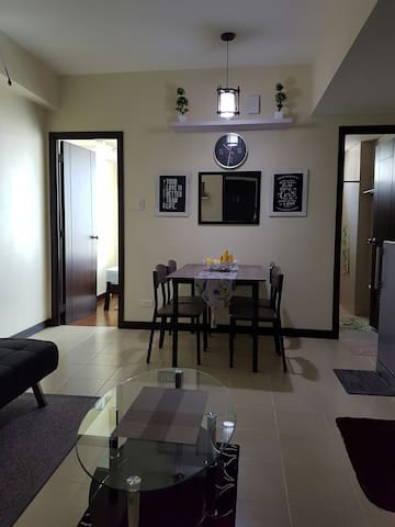 Makati condo stay or business near MRT-Magallanes