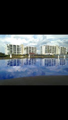 Hermoso apartamento amoblado - Ricaurte - Condominium