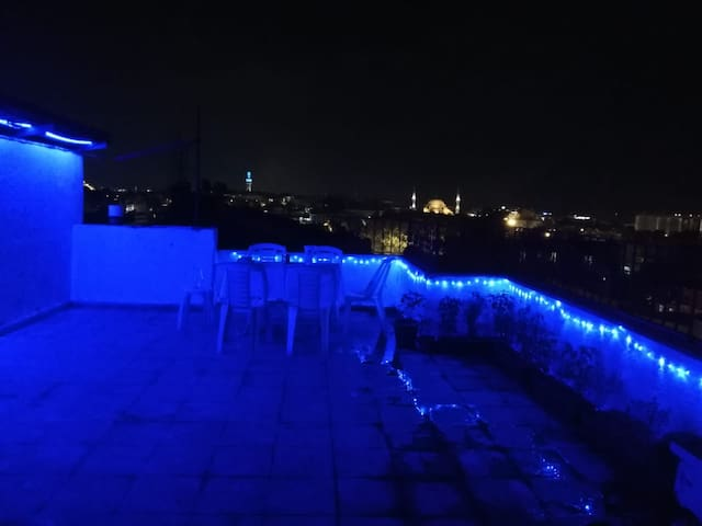 Entire amazing house with view, heart of Istanbul