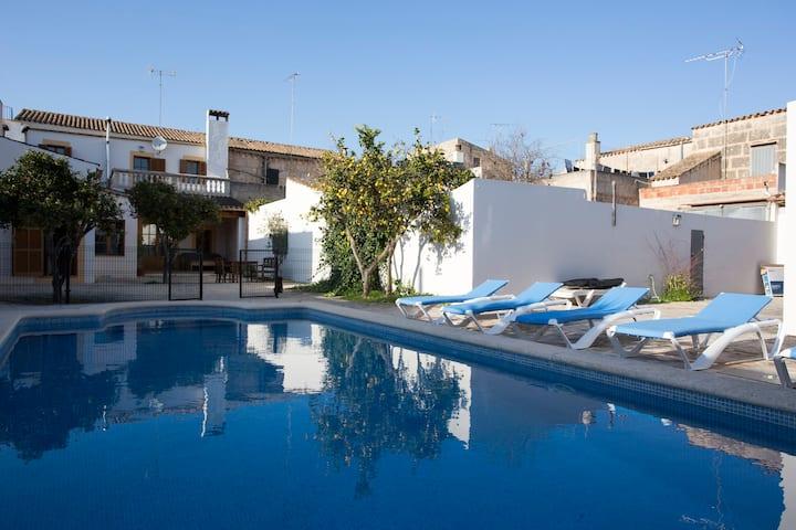 Fabulosa casa de estilo mallorquín con piscina