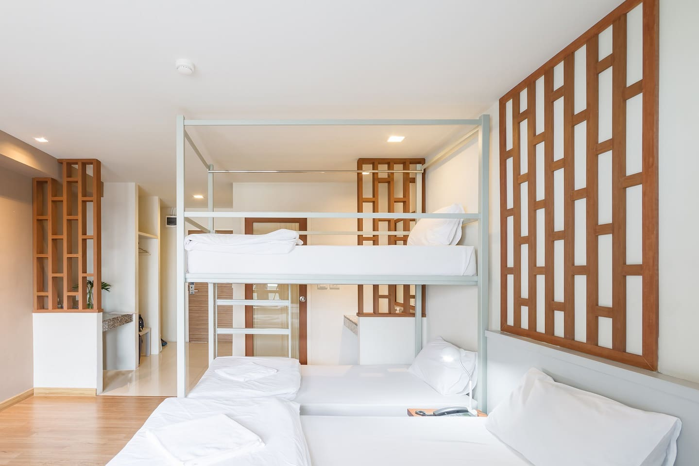 Family Room For People Private Bathroom Hostels For Rent In - Rooms for rent with private bathroom