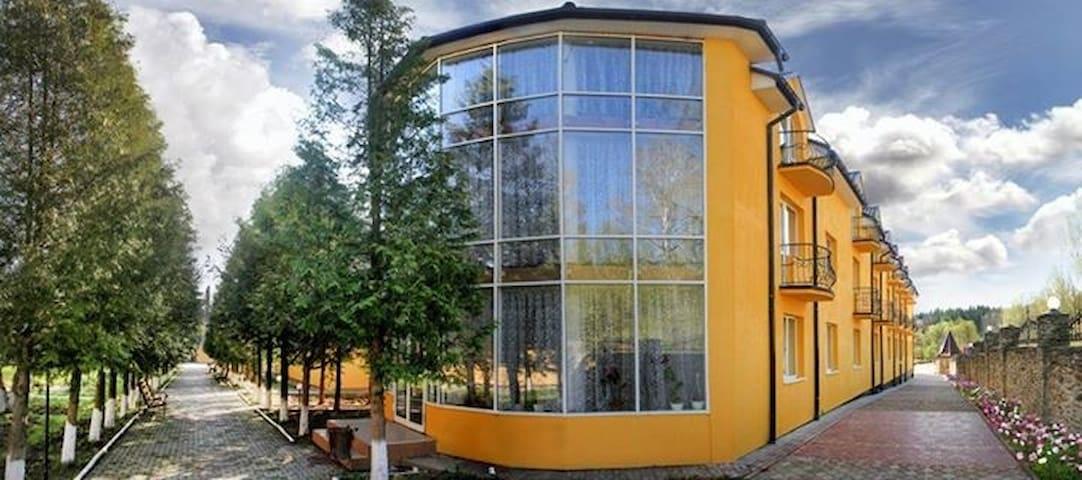 Кімнати та відпочинок у Трускавці - Truskavets' - House