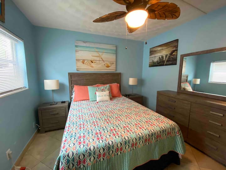 Location, Location, Location - 1 Bedroom / 1 Bath