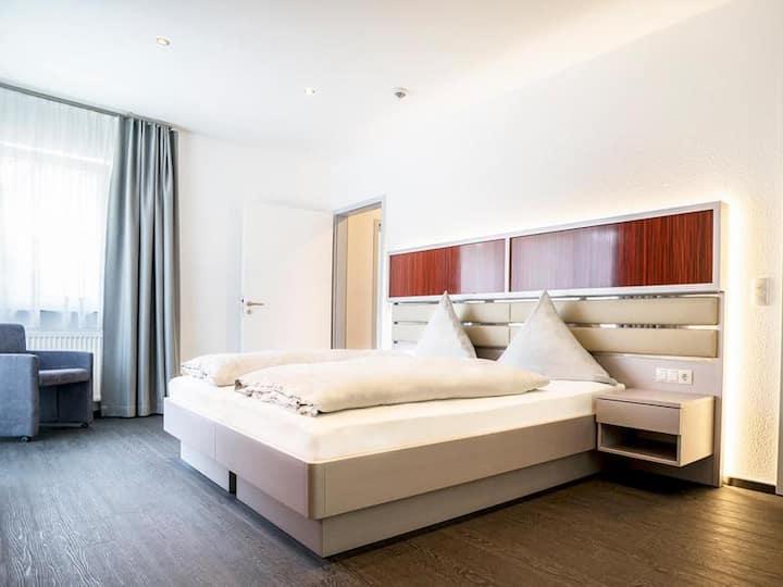 Hennedamm Hotel, (Meschede), Komfortzimmer, mit Dusche/WC, max. 2 Personen