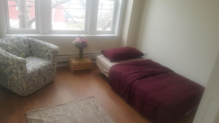 Your own space 20 minutes from NYC! - Jersey City - Flat