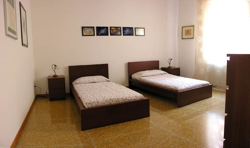 Ca 'de' Fiori self catering apartm. - Bolonya - Daire
