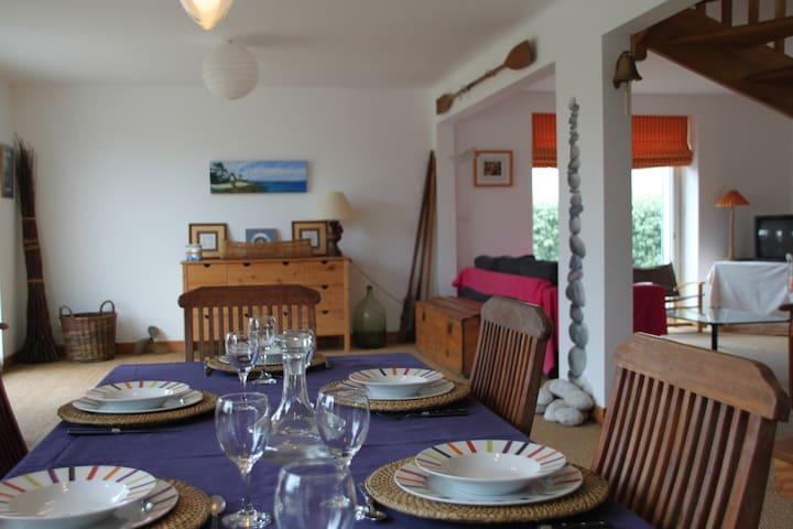 Maison spacieuse à 300m de la plage - Combrit