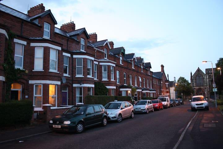 Ormeau Road - Belfast - Haus