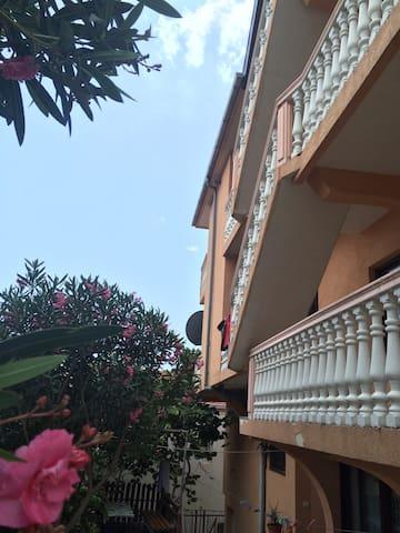 Апартаменты на побережье Черногории - Анте Дедовича, 210 - Casa