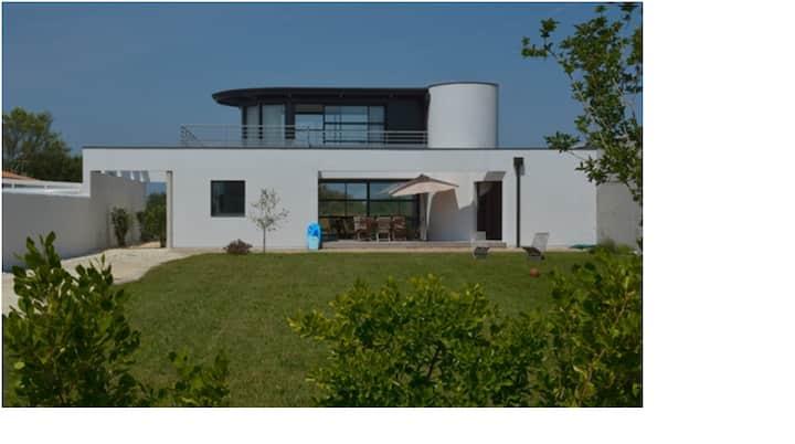 Maison d'architecte bord de plage