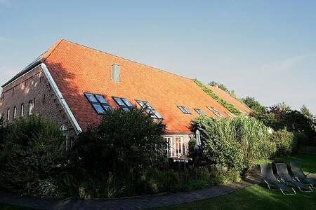 Historischer Gulfhof(1792)in Loquard-Nähe Nordsee - Krummhörn