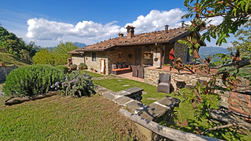 Romantic stay where Tuscany meets the sky! - Sillico - Apartament