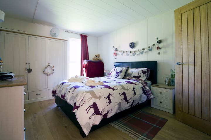 Hazel Lodge a luxury Cabin holiday - Craven Arms - Outros