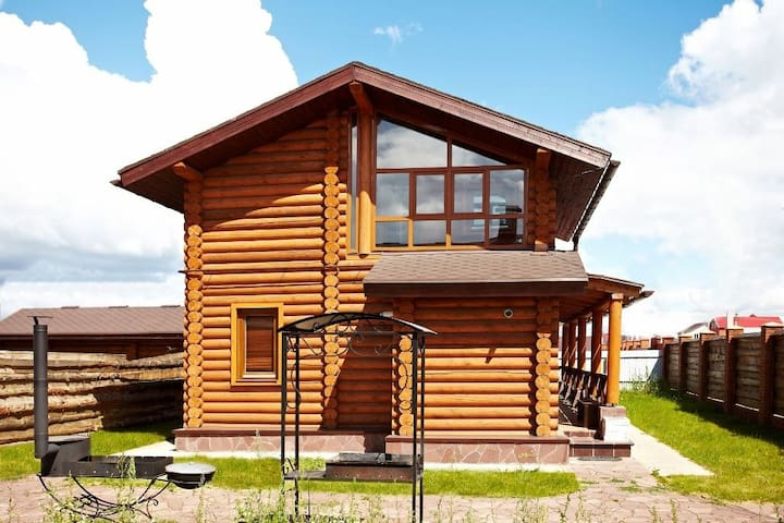 Гостевой дом из дерева 2 - Цветы Башкирии - Bed & Breakfast