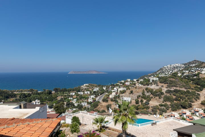 2BR Duplex House with Amazing Sea View in Bodrum