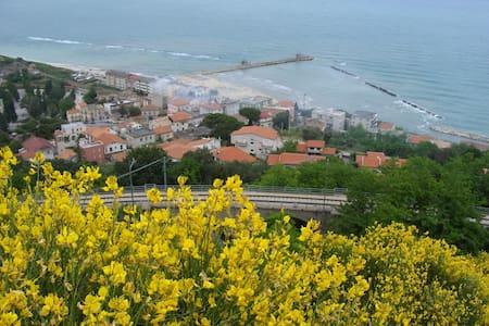 Confortevole appartamento sul mare - Marina di San Vito