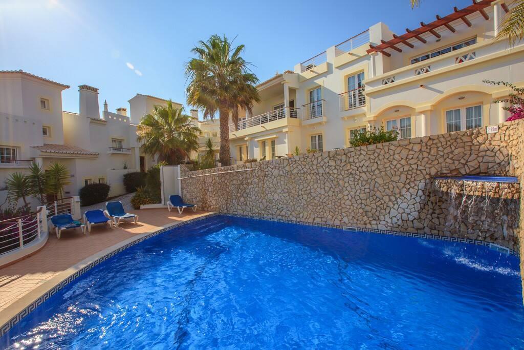 Heated pool 10 metres from your door