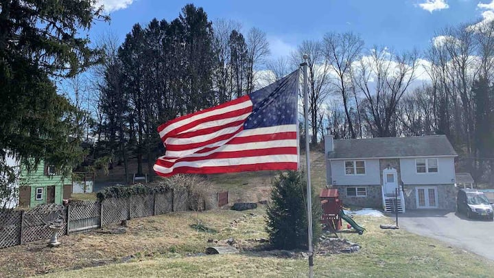 Great location country house near to Poconos ,