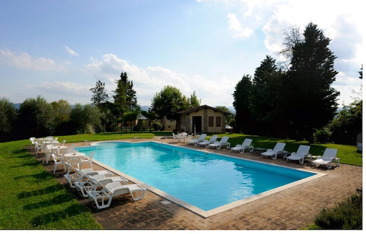 Luxurious Holiday Home  Tenuta Patrizi Guardabassi