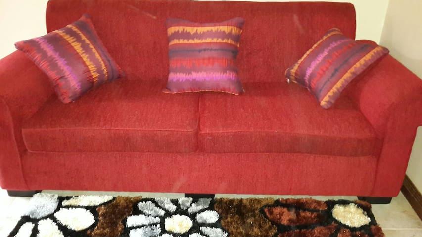 Bedsitter furnished - Nairobi - Haus