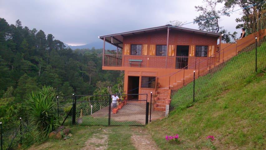 Casa completa en la montaña. - Juayua - Vakantiewoning