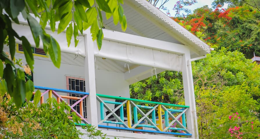 Belmont House, Bequia