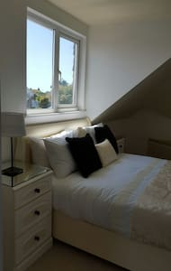 Ensuite room 15 mins  from Brighton - Telscombe Cliffs - Bed & Breakfast