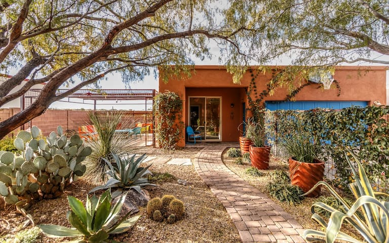 SE Tucson Private Casita