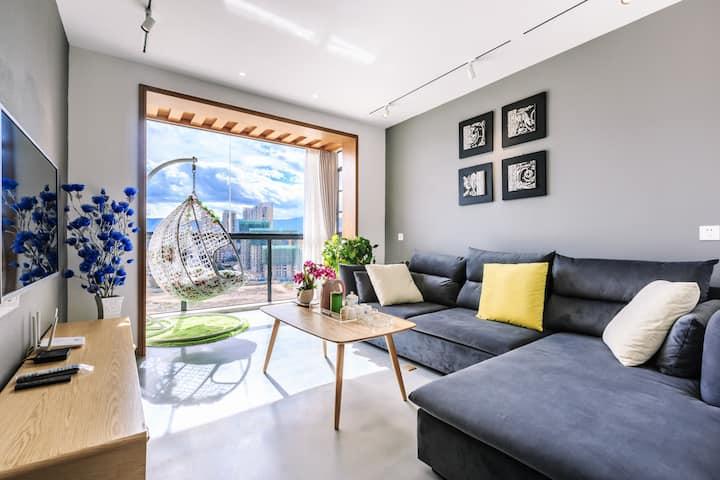 大理欢乐颂海边精品公寓2晚接站(近洱海公园,圣托里尼)两室两厅88平米阳台侧海景,十楼,
