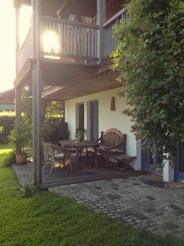 Charmantes Landhaus mit Bergblick - Raubling