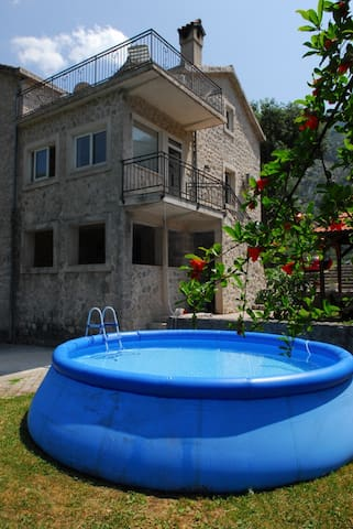 Villa Andrea with outdoor pool - Kotor - House