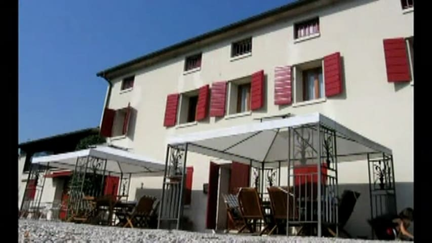 B&B Pleris - Whole top floor rental - Asolo - Bed & Breakfast